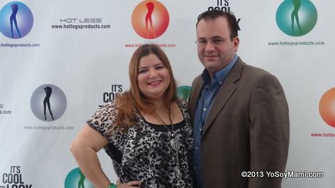 Con mi lovely assistant de la noche: mi esposo Carlos (a.k.a. YoSoyPapi)