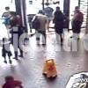 Otra Madre Que Le Pega a Su Hijo En Público | Yosoymami.com